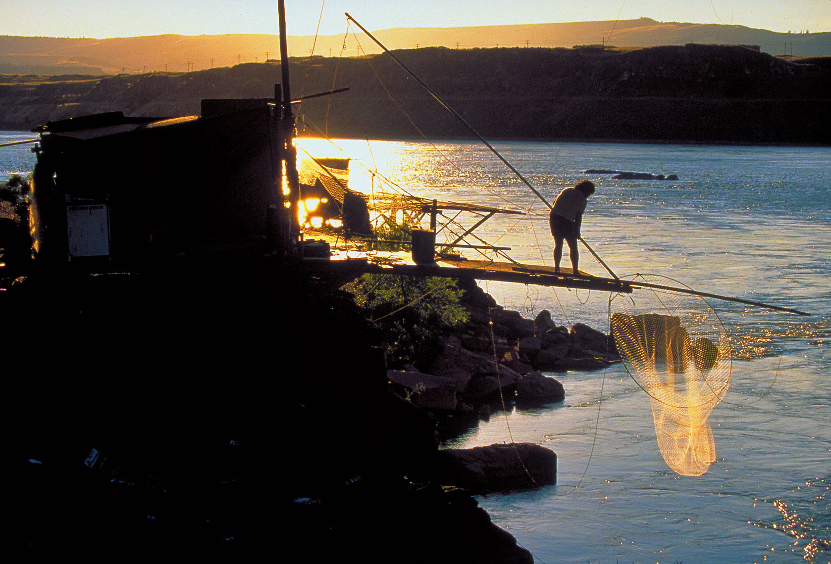 010-011_fishingnet-copy