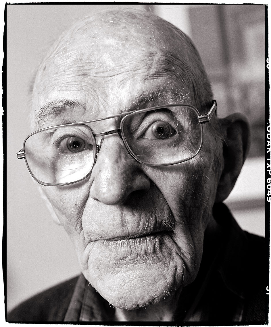 021-045-Horizon_Old_Man